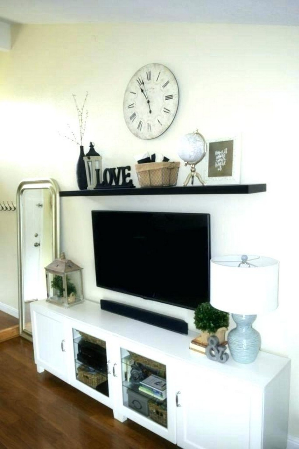 49+ Wonderful TV Room Decor Inspiration