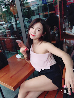 Gái xinh facebook thánh bao cao su Nguyễn Quỳnh Anh