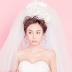Cô dâu làm đẹp với phong cách trang điểm 'phủ sương'