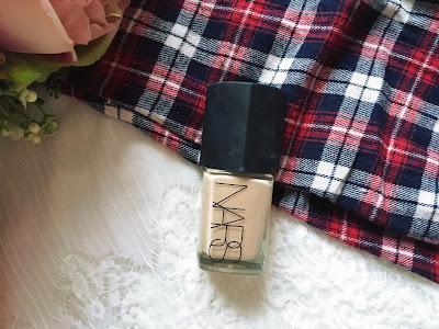 Blogmas Day 23: Christmas Day Makeup Essentials