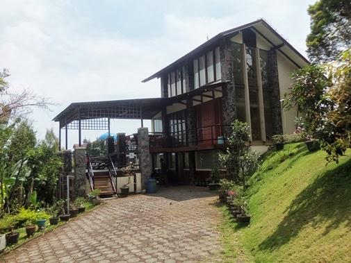 Hasil gambar untuk villa villa revin