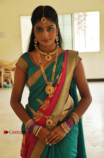 Uyirkkodi Tamil Movie Stills  0026.jpg