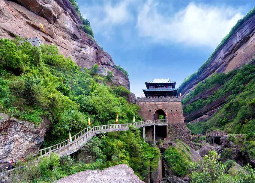 ด่านเจียนเหมินกวน (Jianmen Pass)