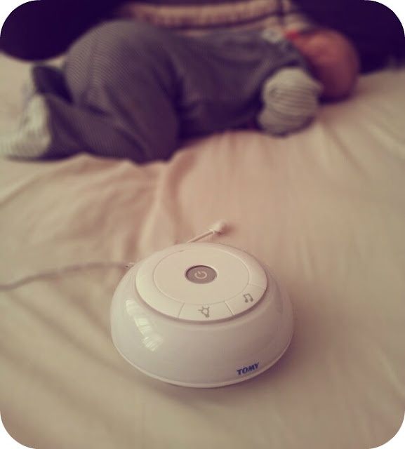 Tomy baby monitor, baby monitor review, sleeping baby and monitor