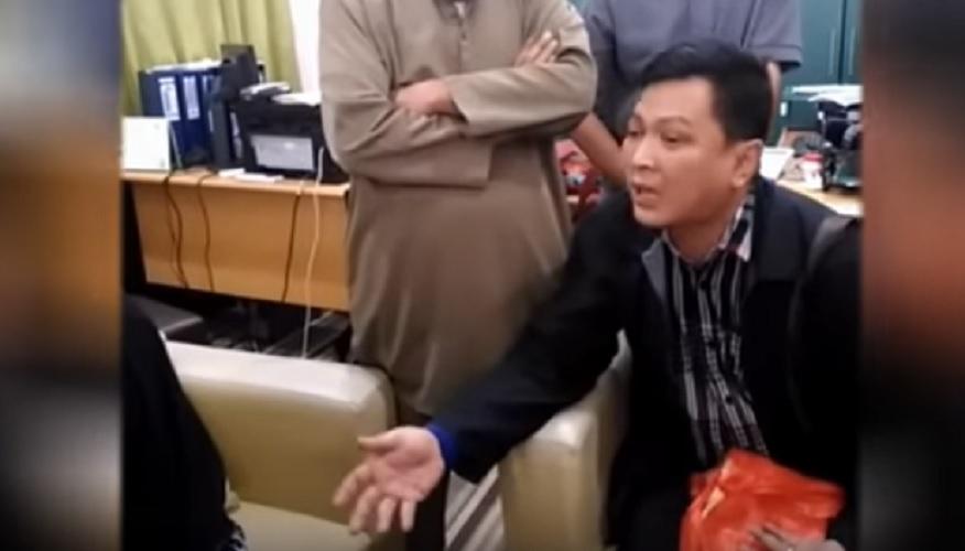 pengacara tuduh masjid jual anak orang