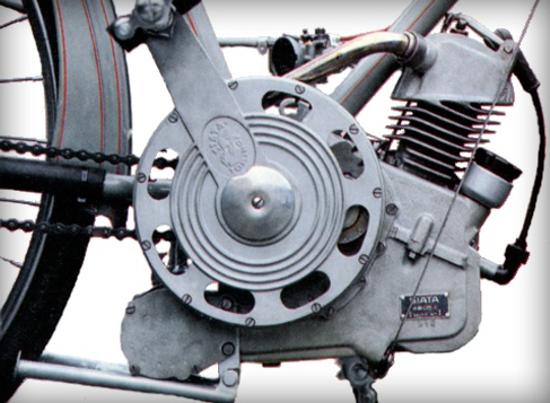 Ducati Cucciolo engine back