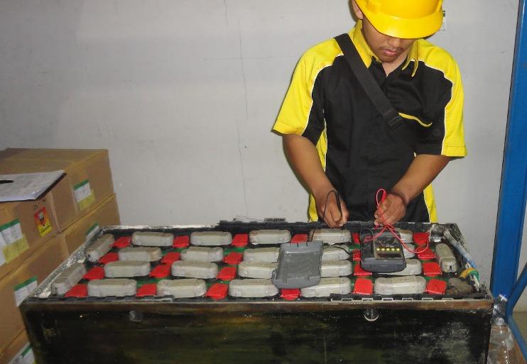 Cara Merawat Battery Forklift