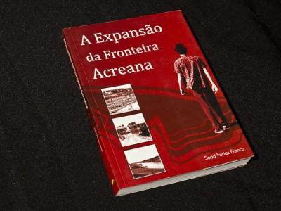 Livro - A Expansão Fronteira Acreana - Kaxinawás - Soad Farias França2