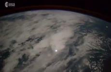 Video de la caída de un meteorito a la Tierra visto desde el espacio grabado por la Estación Espacial Internacional