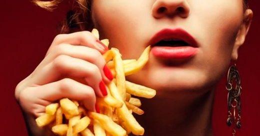 Su novia lo apuñaló porque se comió todas las papas fritas