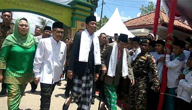 """Presiden Jokowi Pertimbangkan Penetapan """"Menteri Pondok Pesantren"""""""