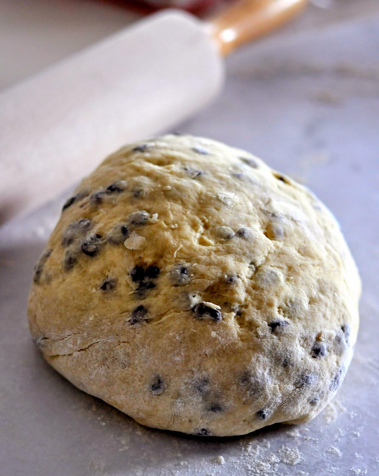 Dough-British-Style-Currant-Scones-tasteasyougo.com