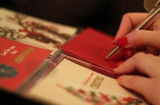 vad skriver man i julkort, vad kan man skriva i julkort, skriva i julkort, julkort varför, skicka julkort, julblogg, mittljuvahem, mittljuvaheminsta, mitt ljuva hem, livsstilsblogg, vardagsblogg, influencer livsstil, influencer göteborg, influencer västra götalands län, mittljuvahem, mittljuvaheminsta, mitt ljuva hem, livsstilsblogg, vardagsblogg, influencer livsstil, influencer göteborg, influencer västra götalands län, hemmafru, svensk hemmafru, swedish housewife