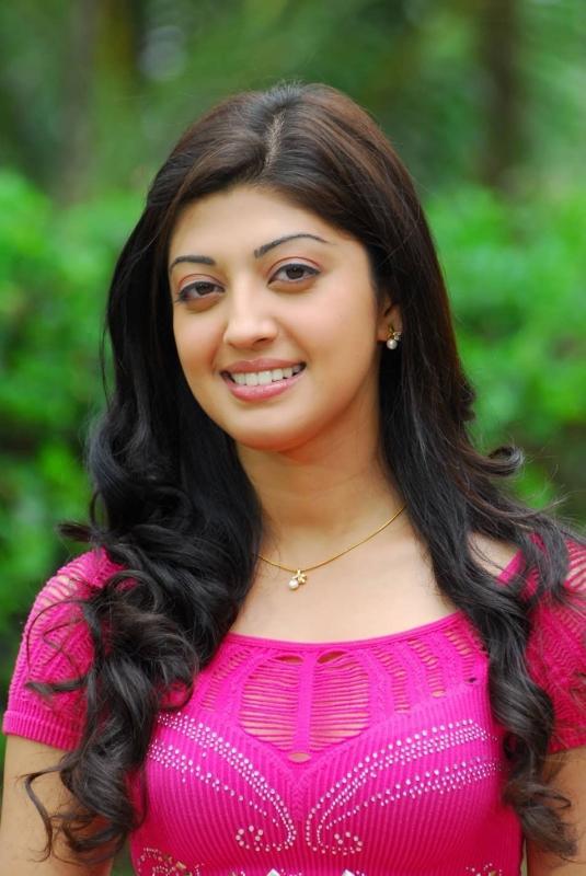 Actress pranitha hot videos