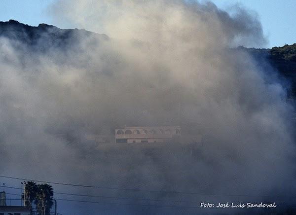 Evacuación controlada en  colegio Canterbury por incendio Almatriche