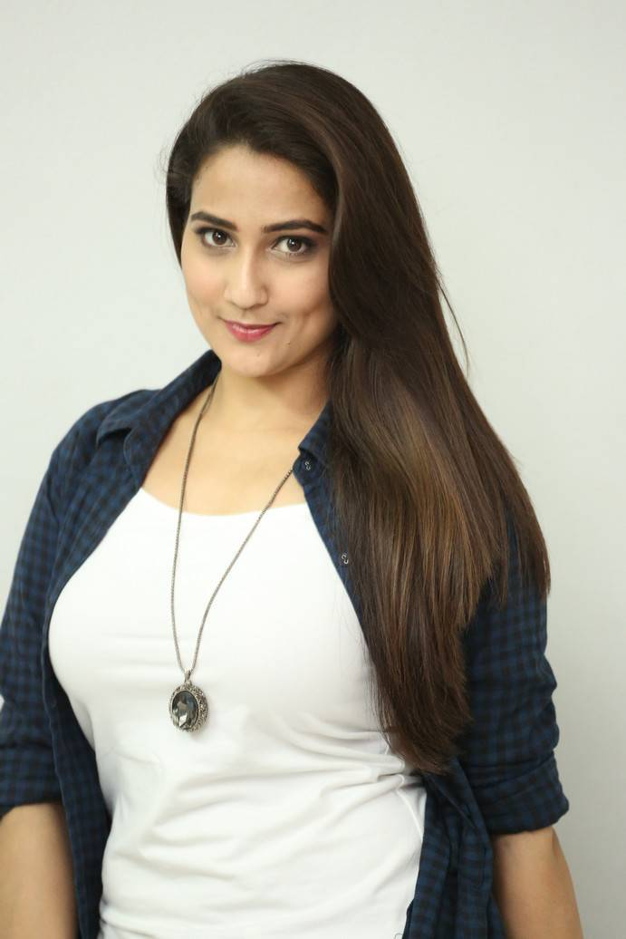 Anchor Manjusha At Ungarala Rambabu Trailer Launch Stills