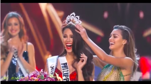 Miss Universe 2018 Catriona Gray crowned by Miss Universe  2017 Demi-Leigh Nel-Peters