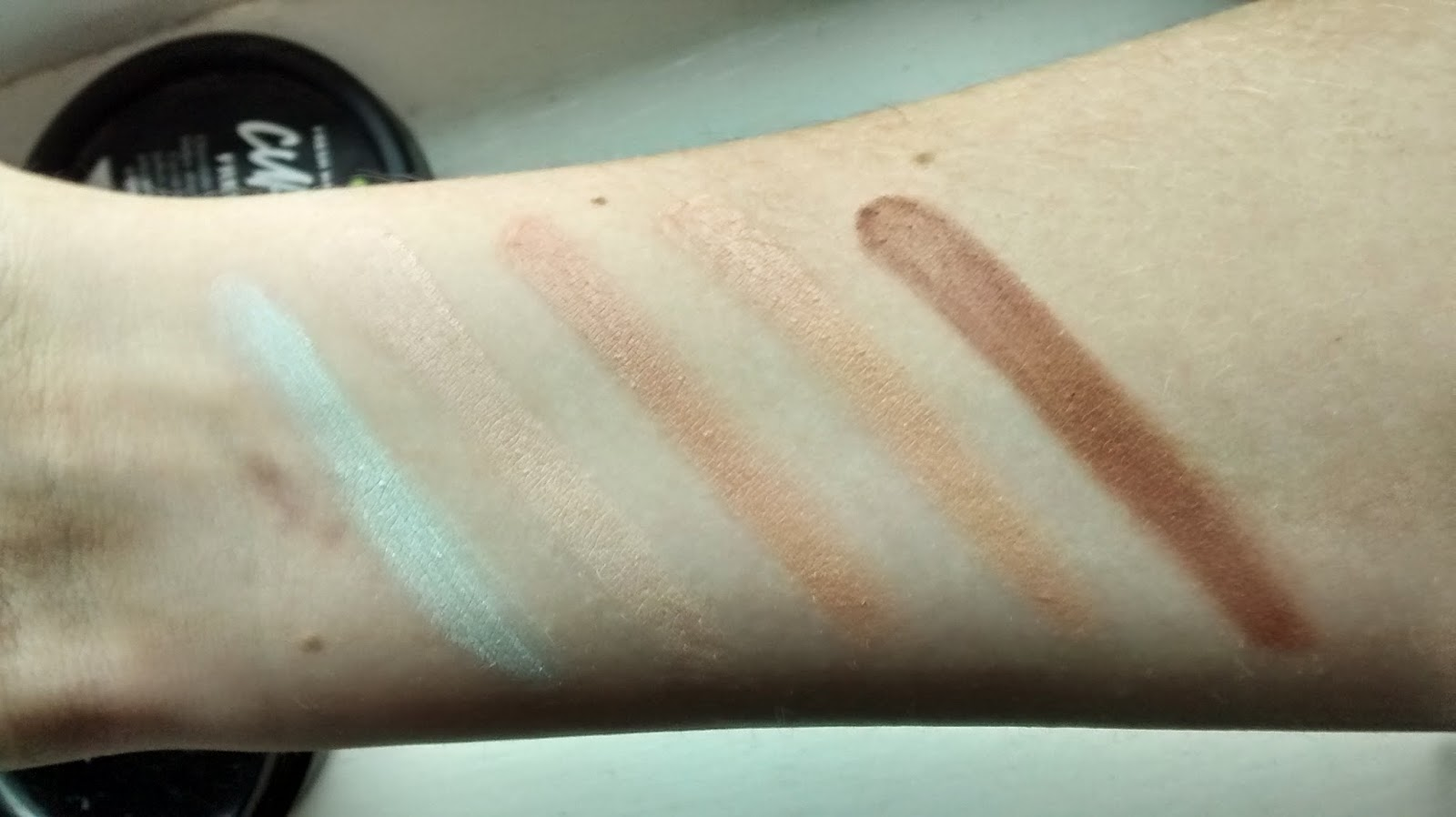 Concealer Palette Swatches
