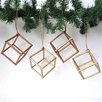 http://www.ohohdeco.com/2012/11/christmas-cube-adorno-navideno.html