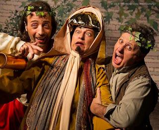 """""""Ειρήνη"""" του Αριστοφάνη, σε διασκευή Γιάννη Καλατζόπουλου και σκηνοθεσία Μάκη Αρβανιτάκη"""