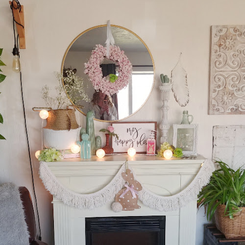 Spring Mantel Decor