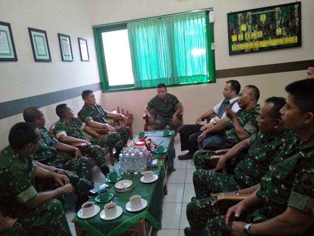 TNI Rembug Nobar Bersama Pimpinan Ponpes Tazakka