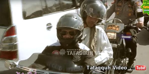 Ustaz Abdul Somad Naik Harley di Padang Sumbar