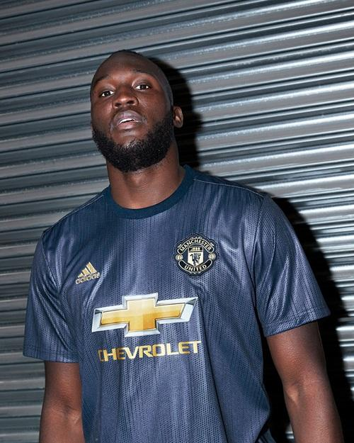 reputable site 4bdd5 90d8c Manchester United 18-19 Third Kit Released - Leaked Soccer ...