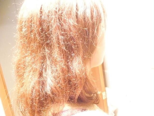 Pada awalnya rambut terlahir dengan kekuatan dan kelembaban alami. Apakah  tiap helainya akan tumbuh indah atau justru rusak dan rontok c0fdf31663