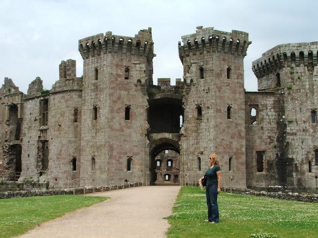 Puddle Jumper Creations Vintage British Castle