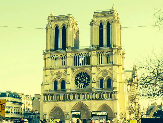 How To Do Paris On A Budget: Sightseeing