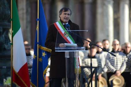Wali Kota Venesia, Italia Perintahkan Polisi Tembak Mati Siapa Saja yang Teriak Allahu Akbar