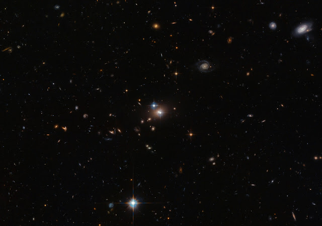 Double Quasar QSO 0957+561
