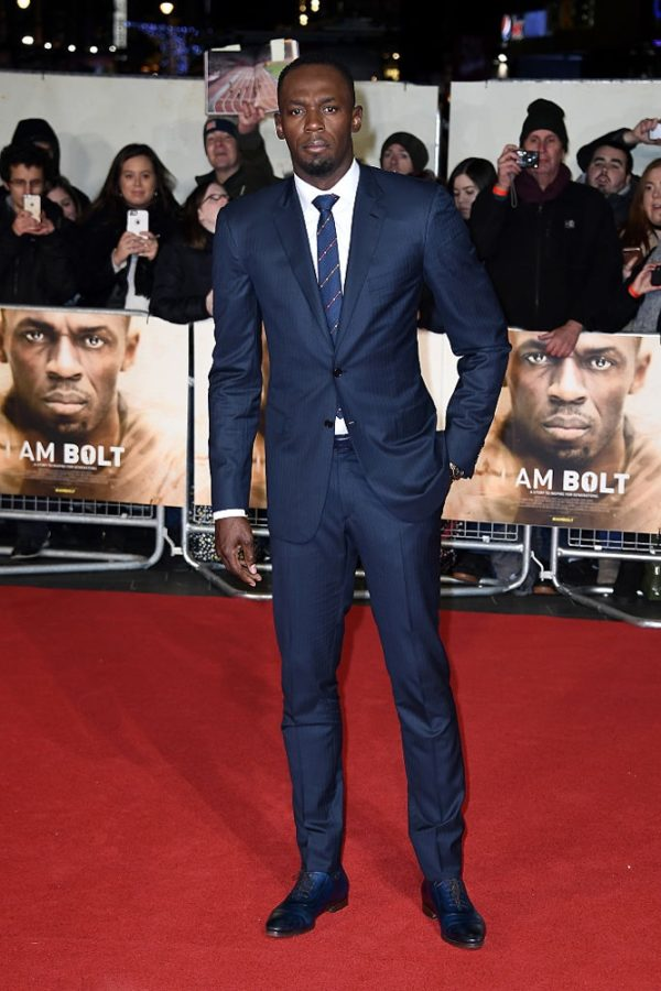 Usain Bolt signs for Football Team