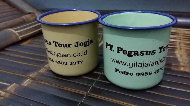 Souvenir dari PT. Pegasus Tour Jogja