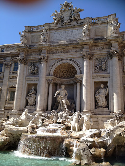 Bon Chic, Bon Genre: Vatican City