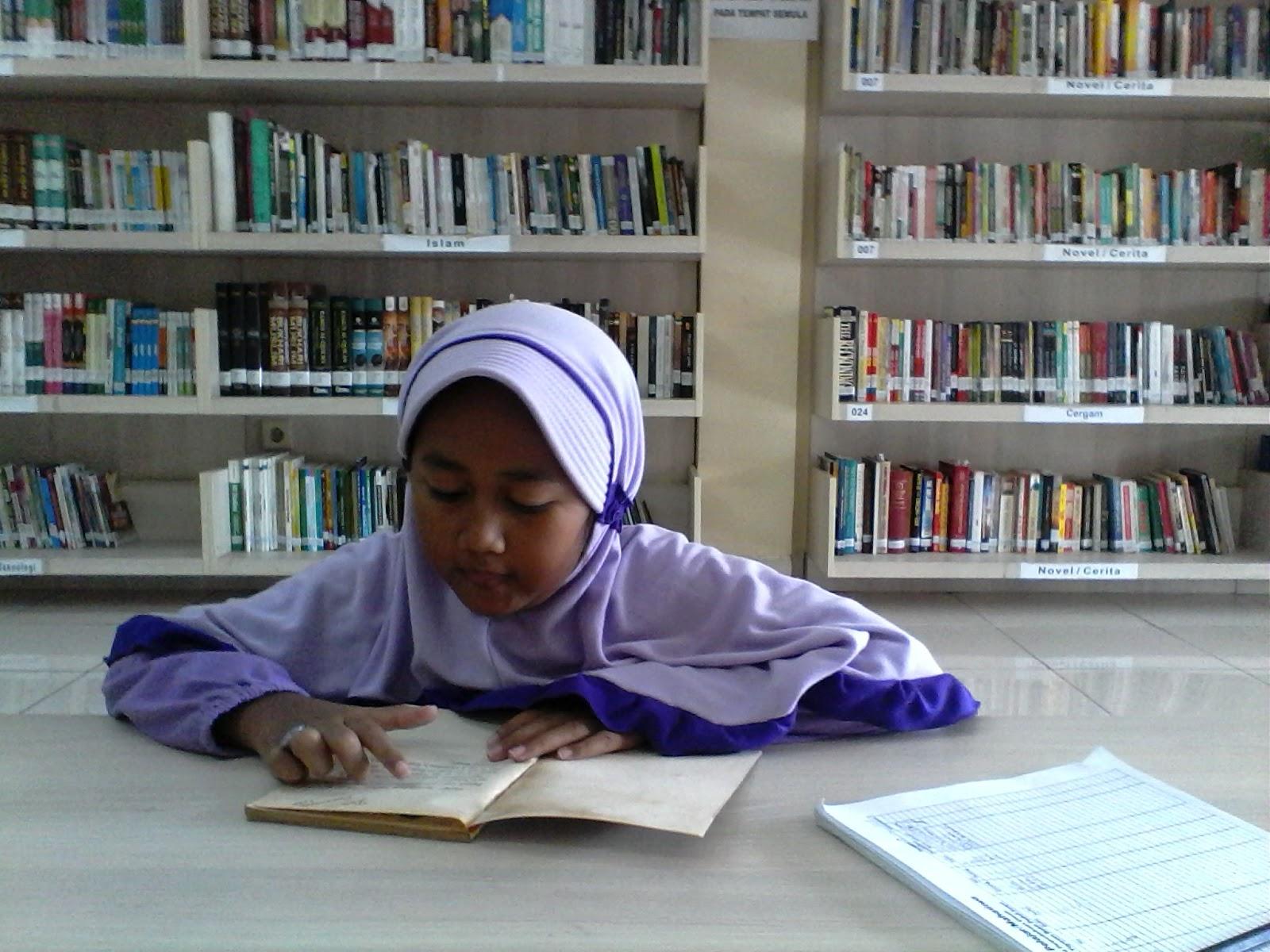 Inilah Ucapan Syifa yang Menyebabkan Abinya Segera Mengajaknya Berkunjung ke Perpustakaan