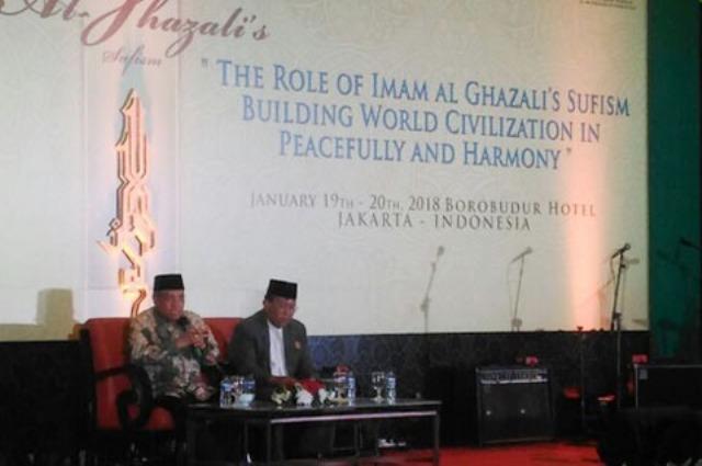 Keren! Kiai Said Ceramah Tasawuf di Hadapan Para Ulama Sufi Dunia