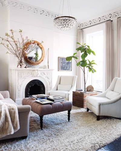 Keri Russell's Brooklyn Livingroom. Photo by William Waldron in Elle Decor