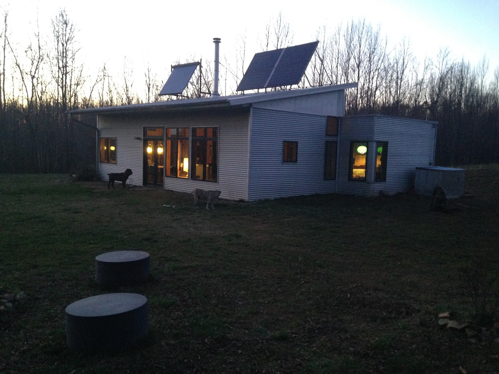 Modern Prefab House Off Grid Thinks On Concrete Slabs