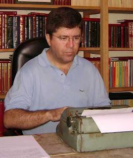 """Coluna """"História do Vale"""" pelo escritor Roberto Fortes"""