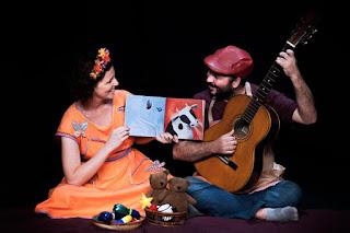 Projeto de contação de histórias para bebês realiza apresentações gratuitas no Centro Cultural Municipal Professora Dyla Sylvia de Sá no Domingo, dia 24 de Abril