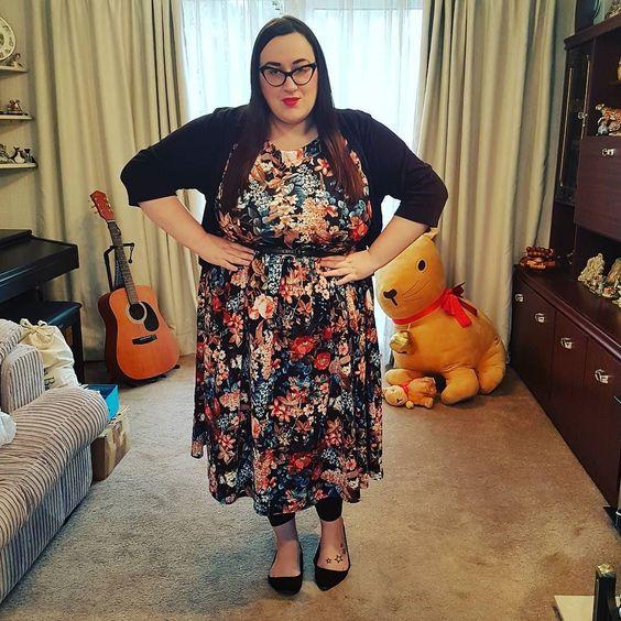 Lindy Bop autumn floral plus size dress