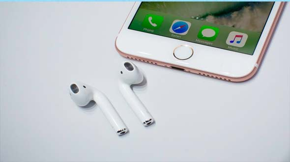 AirPods, iPhone