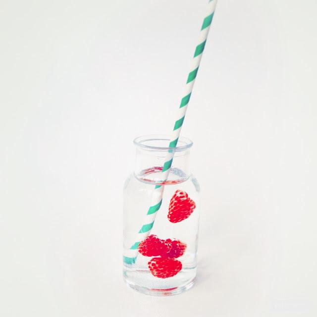 eau fruitée petit pot pour bébé sans protéine de lait de vache