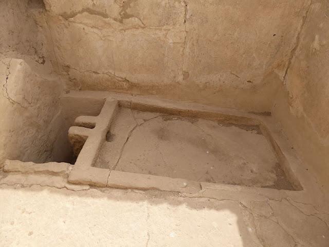 bagno nel palazzo di medinet habu