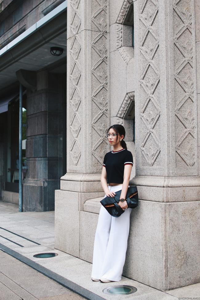 ファッションブロガー日本人、今日のコーデ、MizuhoK、SheIn_クラブストライプTシャツ、MICHAEL KORS_ホワイトワイドパンツ、アディダスforアナザーエディションスニーカー、TIJNアイウェア、クリア縁伊達めがね、NIXONゴールド腕時計、whole Sale buying フェイクレザートートバッグ、スポーティーシックスタイル