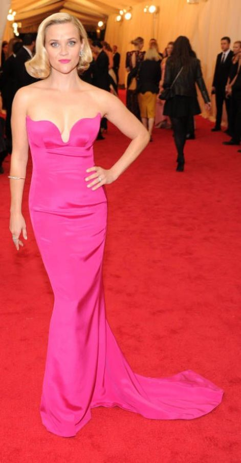 Reese Witherspoon in a fuchsia Stella McCartney gown at the Met Gala 2014