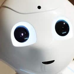 人は、ロボットでは無く、世界に心は存在する