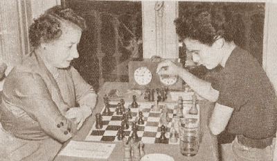 Partida de ajedrez Júlia Maldonado vs. Maria Rosa Ribes